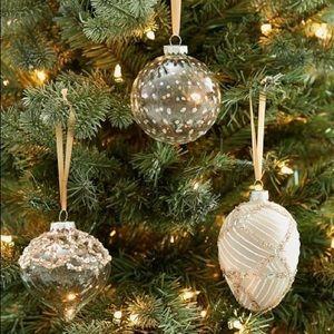 Monique Lhuillier & Pottery Barn Neve Ornaments